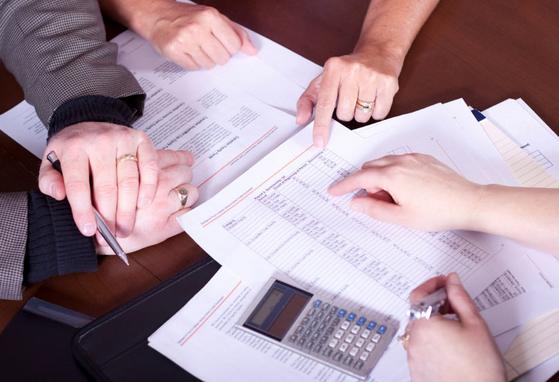 obtaining financial advice